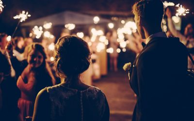 The Top 5 Reasons Hiring a Wedding Planner Can Save You Money